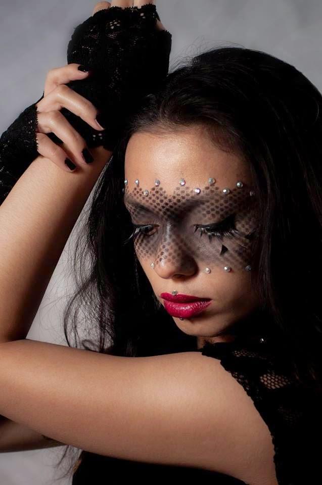 make up carnevale maschera nera