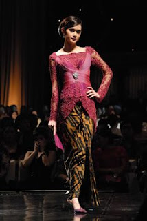 Fashion Kebaya Indonesia