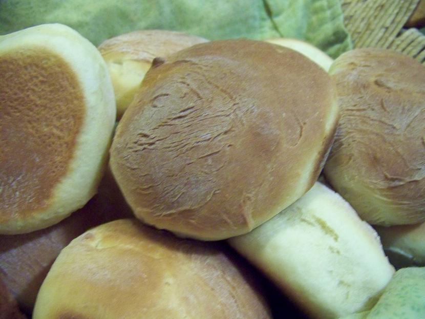 how to make ozzie rolls
