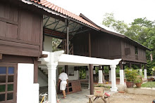 TRADITIONAL PAHANG HOUSE