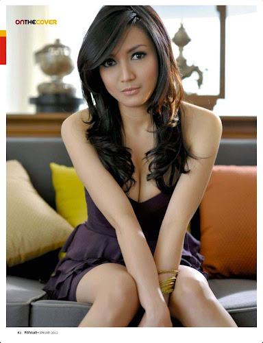 Foto Cantik Seksi Wiwid Gunawan Terbaru 2012 di Popular