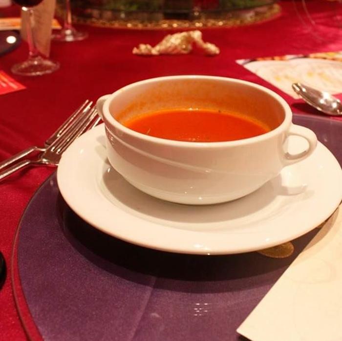 Hint usulu domates çorbası