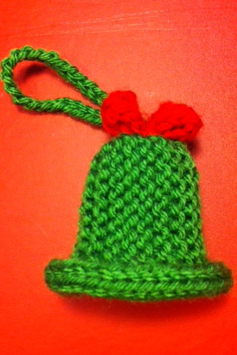 Knitting Pattern Christmas Bells : This and That... Maggies Blog: Learn to knit... more (free!) Christmas t...