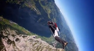 iphone 1000 feet fall