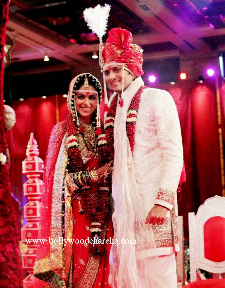 Riteish Deshmukh, Genelia D'Souza blessed with a baby boy!