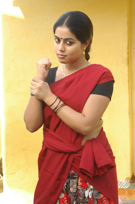 poorna in half saree hot images