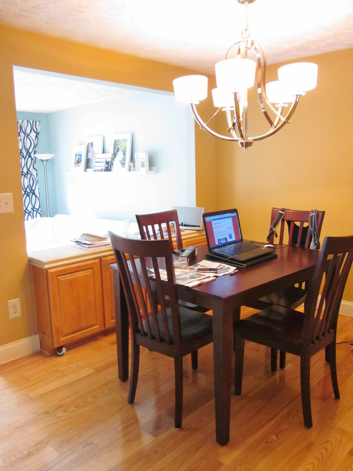Ugly dining room gets a modern makeover | bonnieprojects.blogspot.com