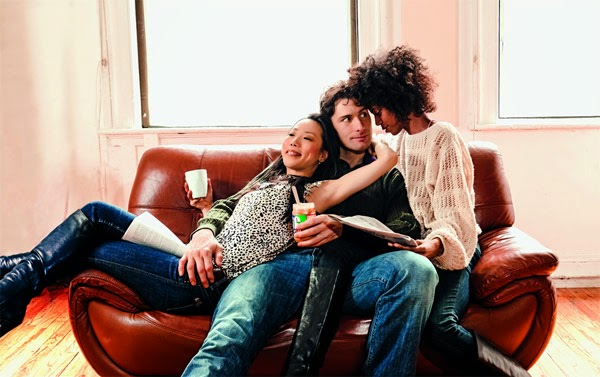 Dating experts explain polyamory and open relationships