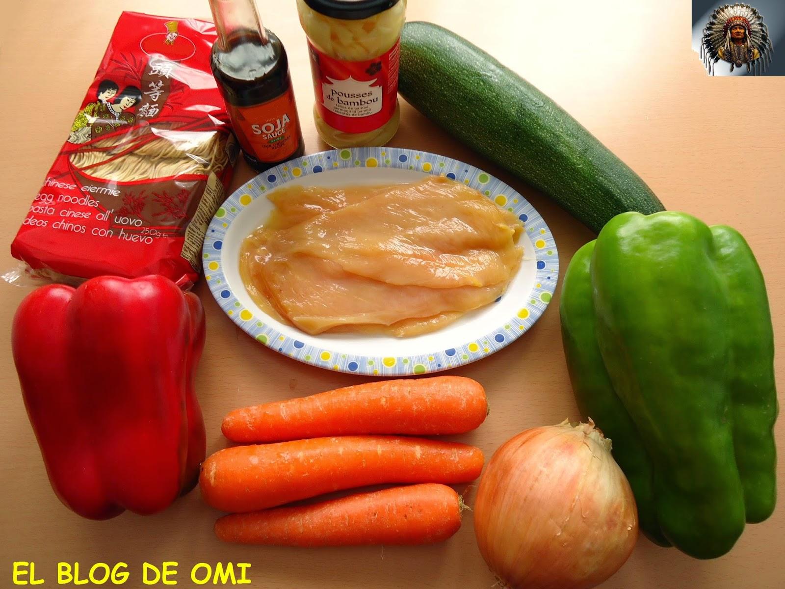 El blog de omi wok de noodles con pollo y verduras for Cocinar wok en casa
