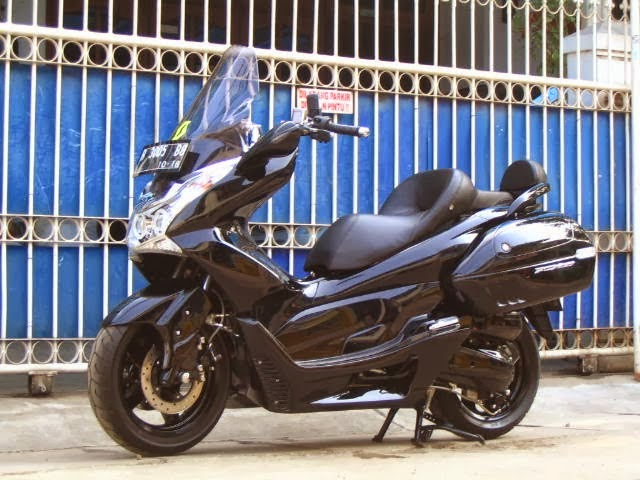 Modifikasi Honda PCX 150 Black