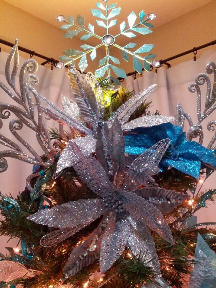 White Metal Christmas Tree