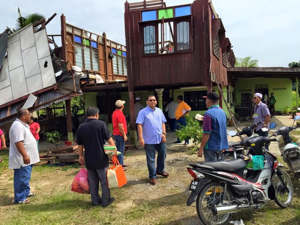 Menziarahi Mangsa Puting Beliung Di Kampung Parit Air Hitam 1 Bagan Serai