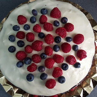 cumpleaños; corona; primer cumpleaños; tarta