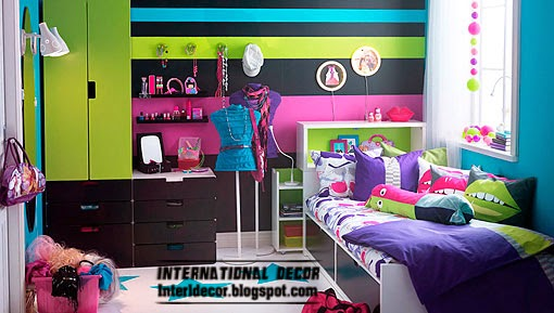 teen room in bright colors decor
