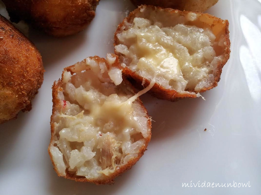 melted cheese risotto croquetas