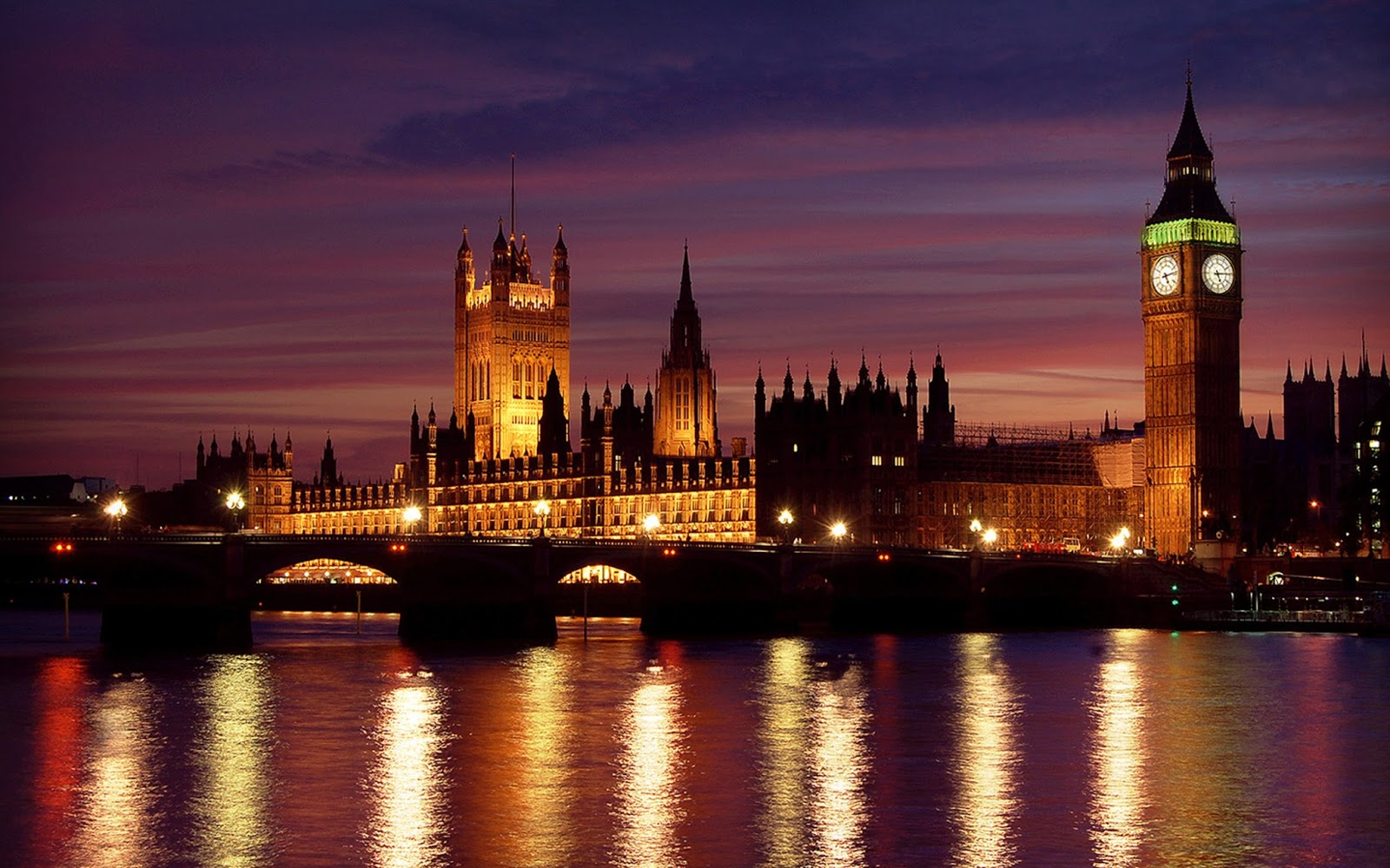 http://3.bp.blogspot.com/-VpE1tsYLL24/UO7IH1NVsOI/AAAAAAAACzw/LrSqL2WbAI4/s1600/at+night+london++fine+hd+wallpaper.jpg