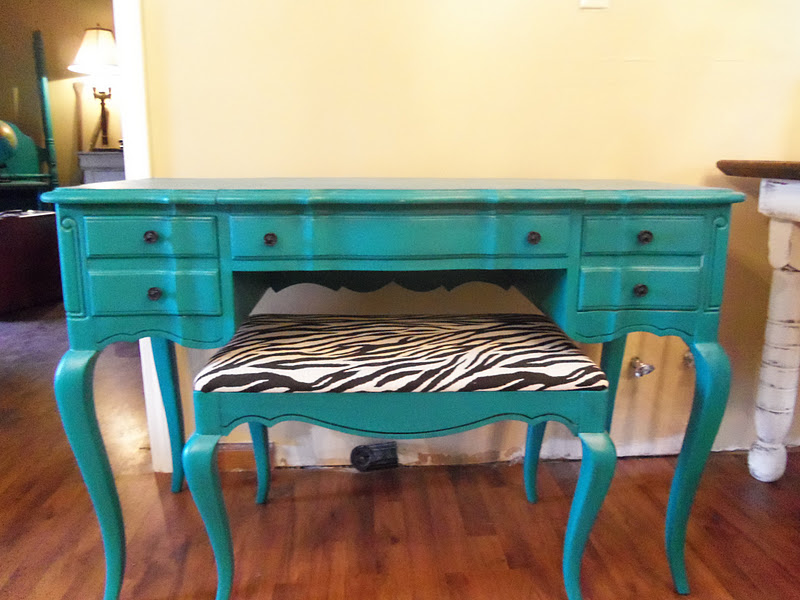 Exciting Turquoise Vanity Chair Gallery - Best image 3D home ...