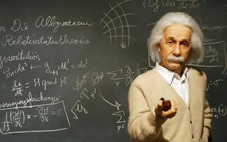 Albert Einstein seorang ilmuwan