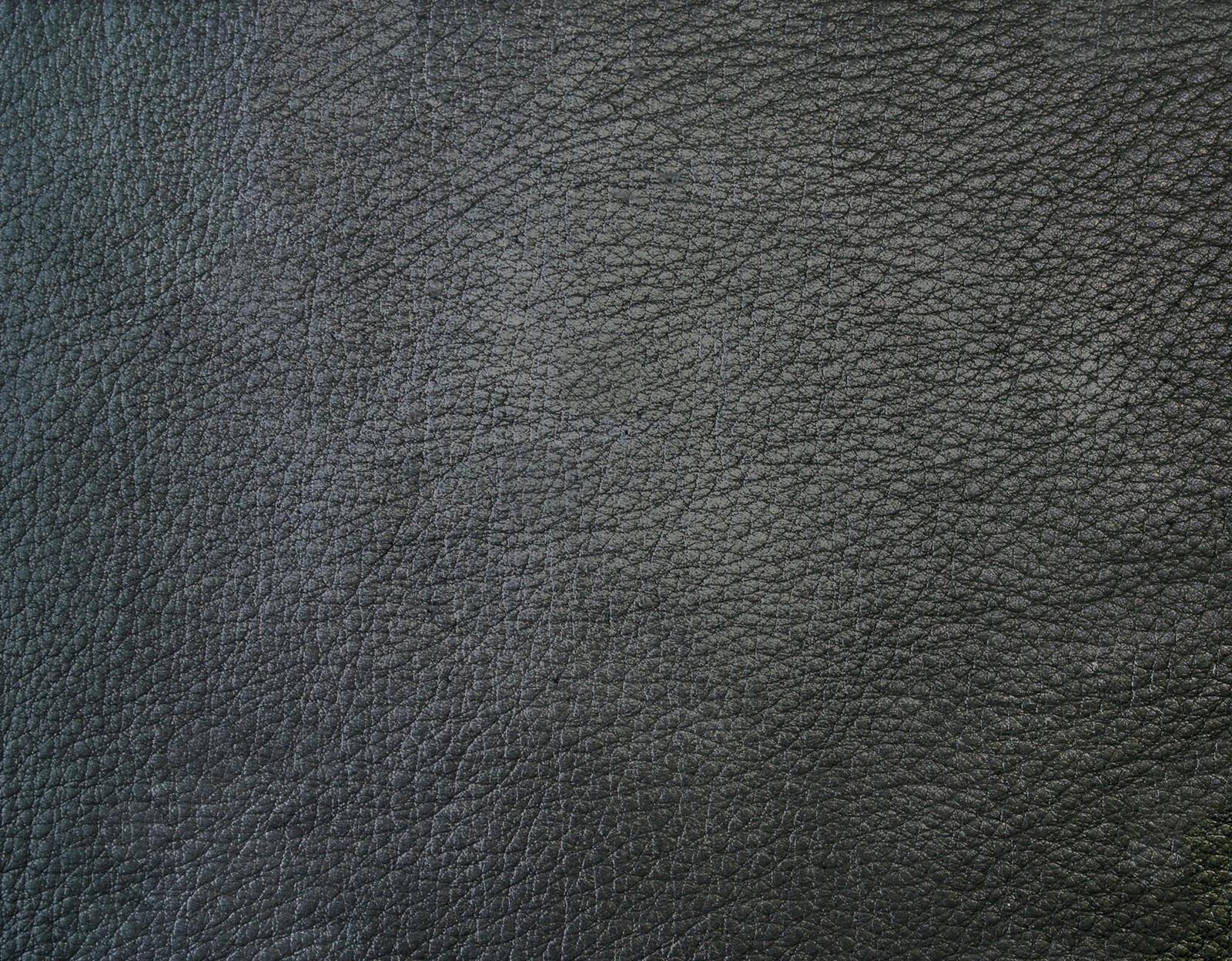 http://3.bp.blogspot.com/-VpXaB9N4Jgo/TZapZbxYLdI/AAAAAAAAALA/wmkE8BdXiWA/s1600/leather_black_3_by_jaqx_textures.jpg