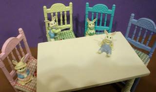 sillas en miniaturas
