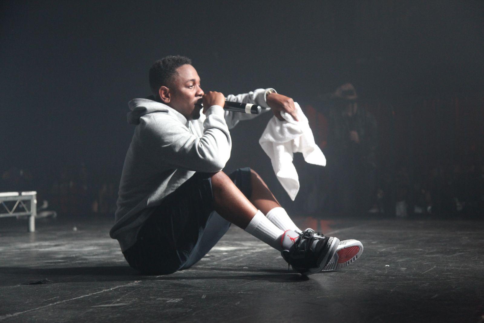 MP3  Kendrick Lamar Ft Gunplay - Cartoons  amp  Cereal   KendrickLamar    Kendrick Lamar Converse
