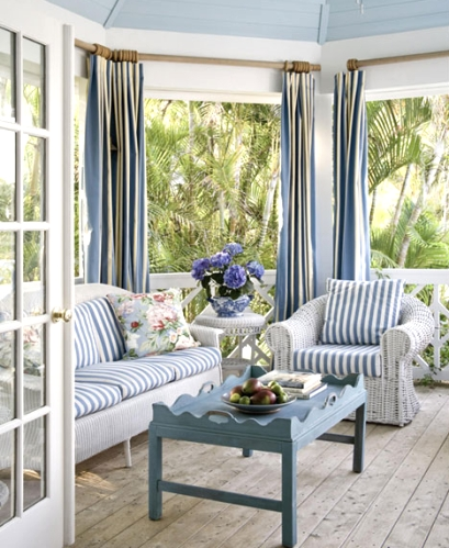 10 coastal beach theme outdoor living rooms completely for Beach porch ideas