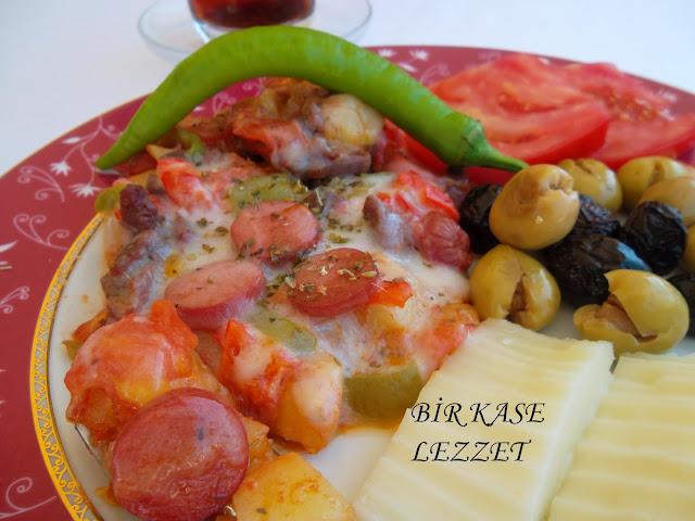 tavada patates pizzası nasıl yapılır
