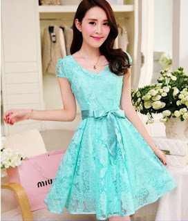 Model Dress Pendek Motif Renda Korean Style