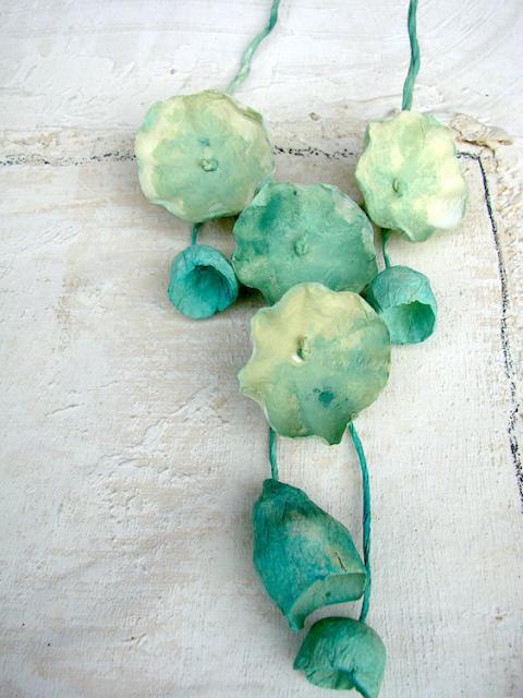 Maxy collane di carta dipinte a mano colori verde  turchese