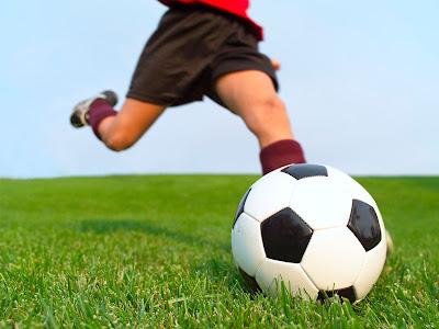 Penemu Sepakbola Pertama