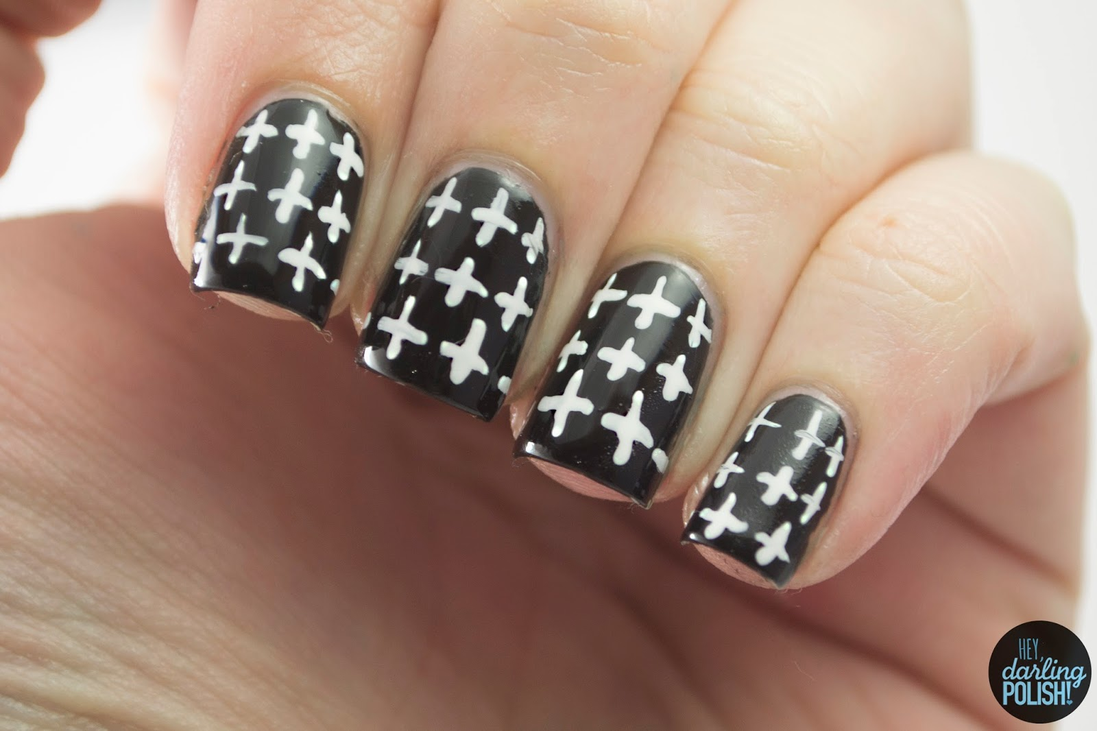 nails, nail art, nail polish, polish, black, white, plus, pattern, patterned wednesdays, hey darling polish