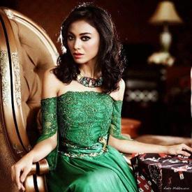Koleksi Foto Hot Cantik dan Seksi Whulandary Herman Pemenang Puteri Indonesia 2013