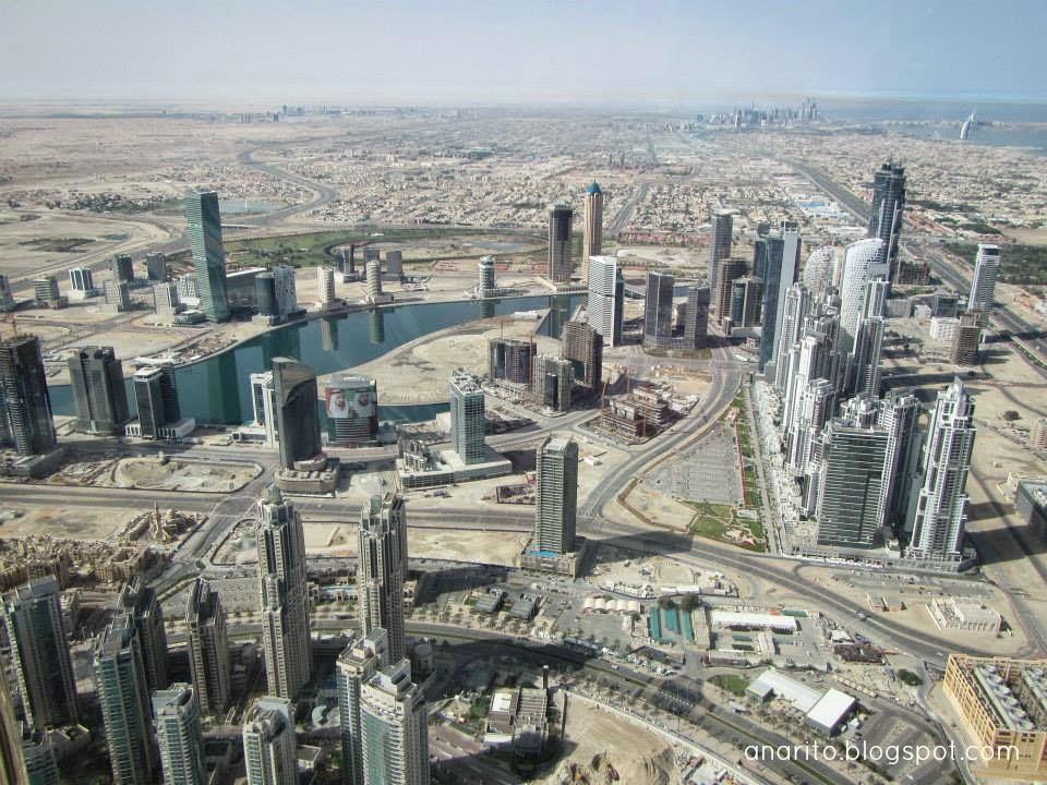 No topo do Burj Khalifa, Dubai