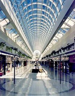 Un poco de todo los centros comerciales triunfos for Oficina empleo coslada