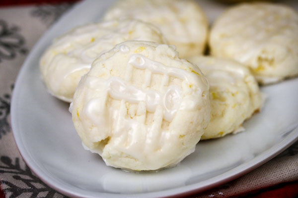 Gluten-Free Lemon Meltaway Cookies | In The Kitchen With ...