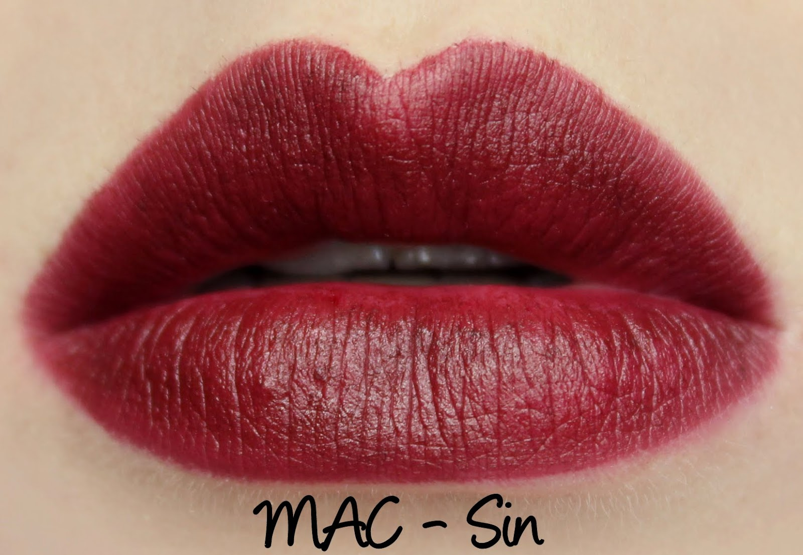 Preferenza MAC Toledo - Oxblood Lipglass and Sin Lipstick Swatches & Review  TR79