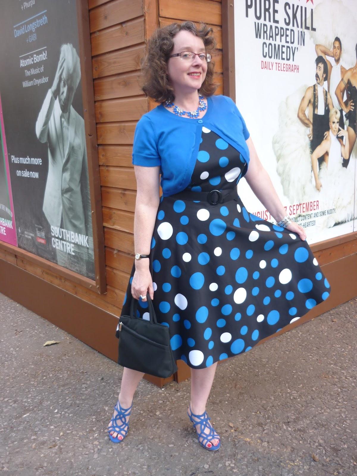 Blue & White Circle Dress | Petite Silver Vixen