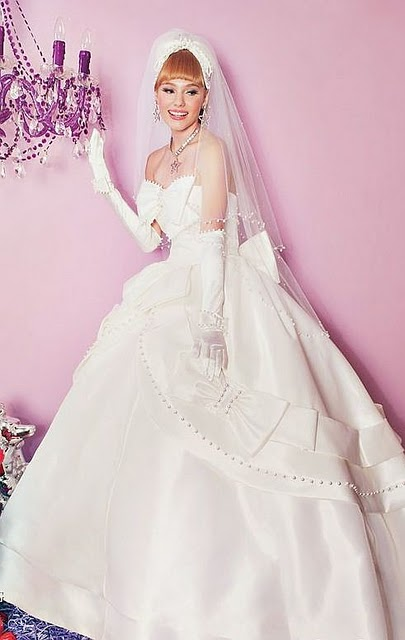 Wedding Clothes Collection: barbie-bridal-wedding-gown