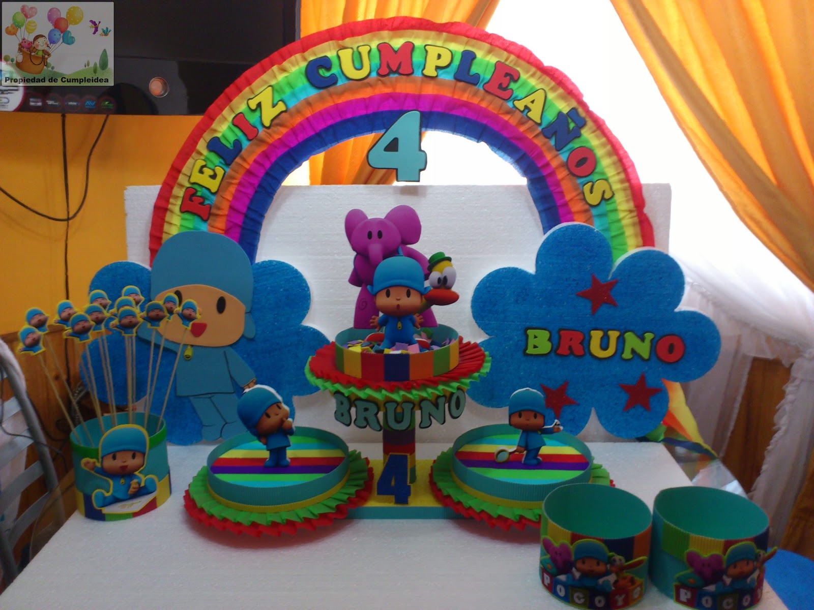 Decoraciones infantiles pocoyo for Decoracion pared infantil