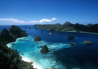Pariwisata Indonesia - Lost of Paradise Raja Ampat di Papua