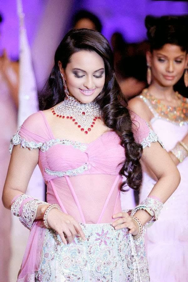 Sonakshi-Sinha-latest-photos-3
