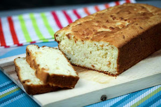 almond-flour-cheese-bread