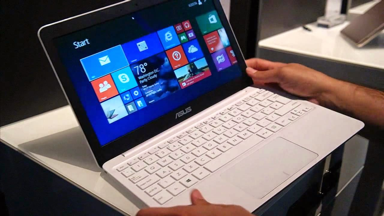 ASUS EeeBook X205TA Laptop Hands On & Review