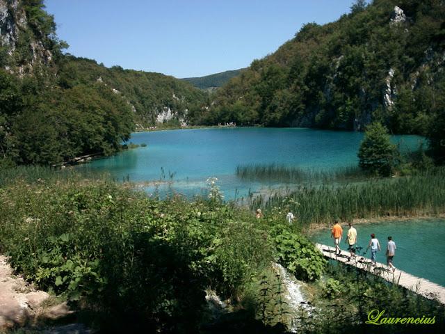 Foto-Danau-Indah-Plitvice-Lakes_8