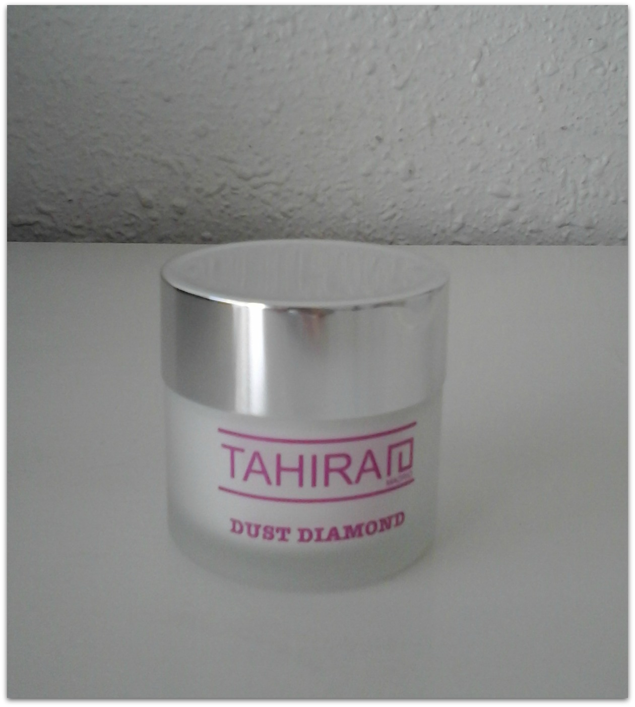 Dust Diamond Tahirah