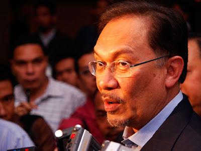 Malaysian Opposition Leader Anwar Ibrahim Alleged Sex Video In Full, Leaked Sex Tape Scandal