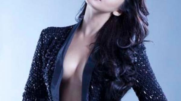 arab singer boob