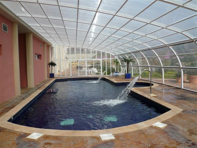 Fotos de cubiertas para piscinas cosmoval 644 34 87 47 for Piscinas en la sierra de madrid