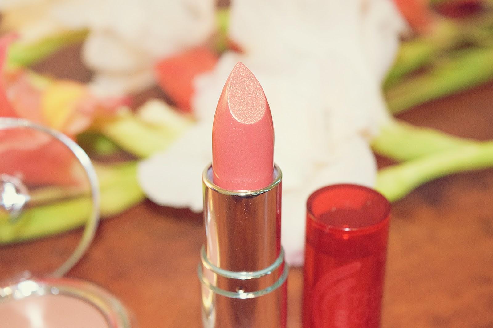 The Body Shop Color Crush Lipstick 140 Make My Heart Gleam