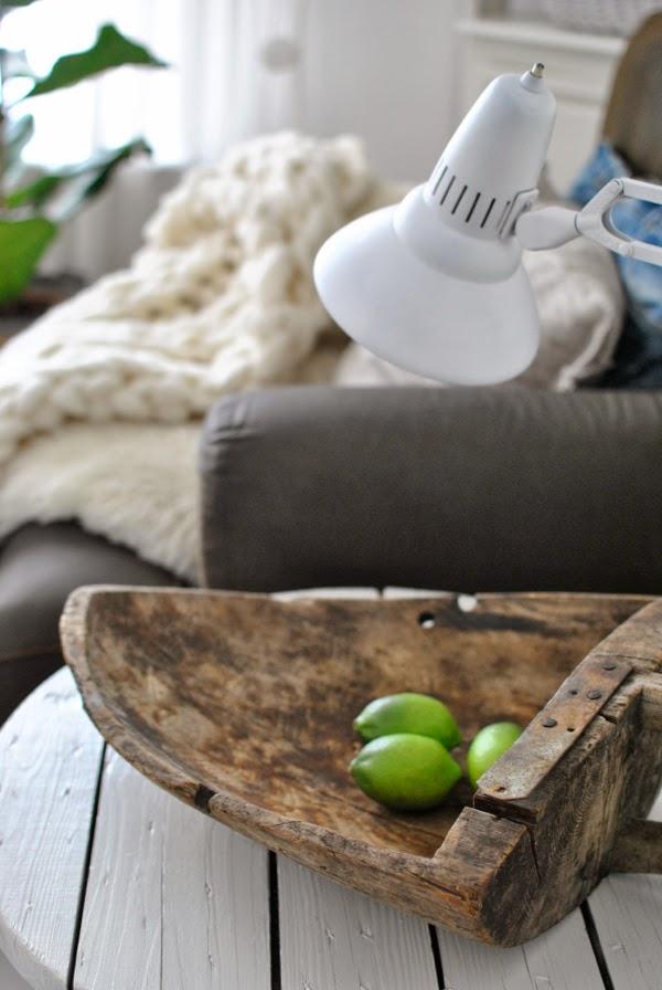 Hannas träskopa kabeltrumma skrivbordslampa